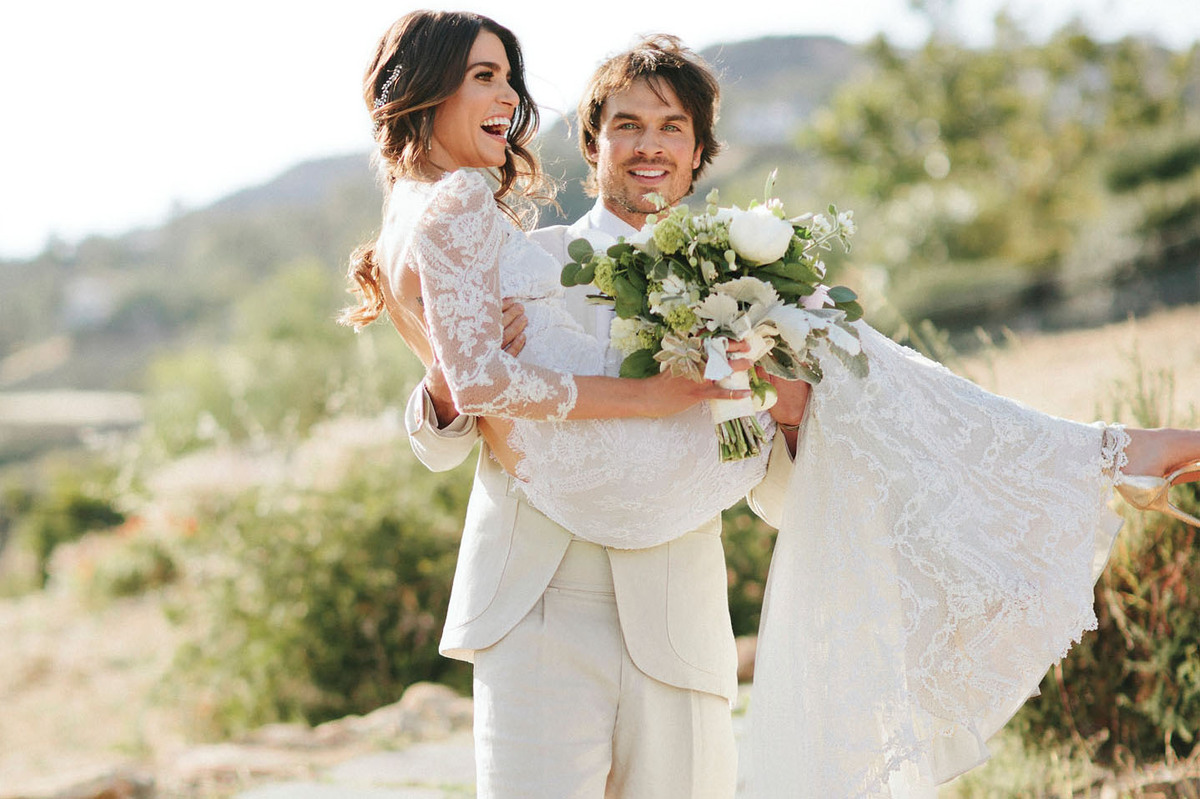 Никки Рид и Йен Сомерхолдер показали официальные свадебные фото