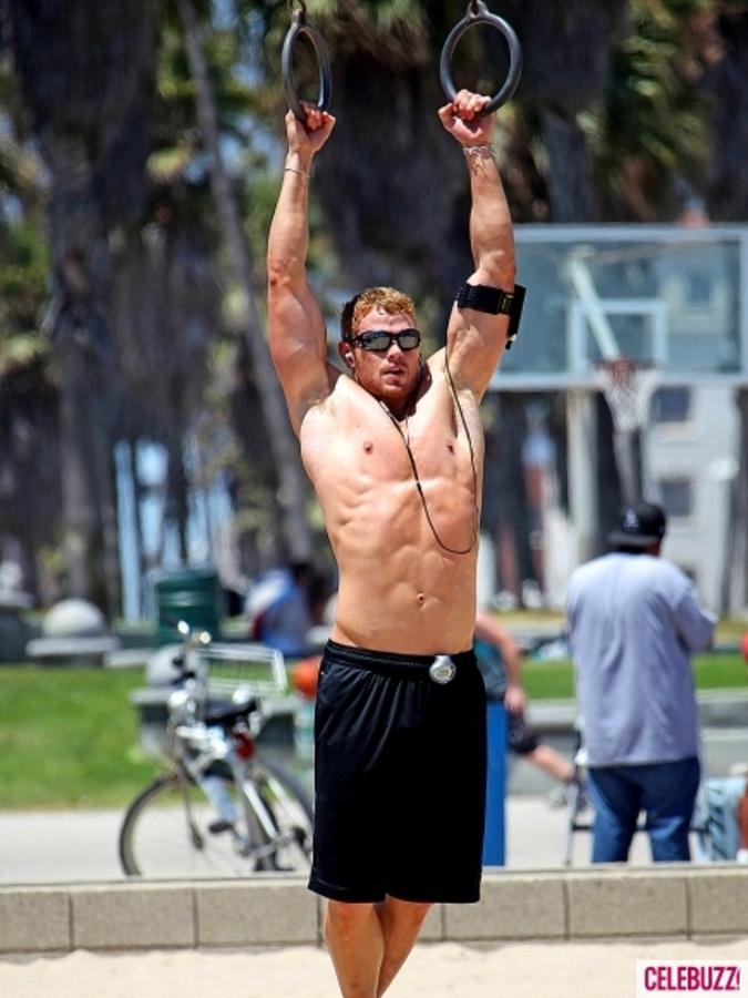 Келлан Латс показал мастерство гимнаста