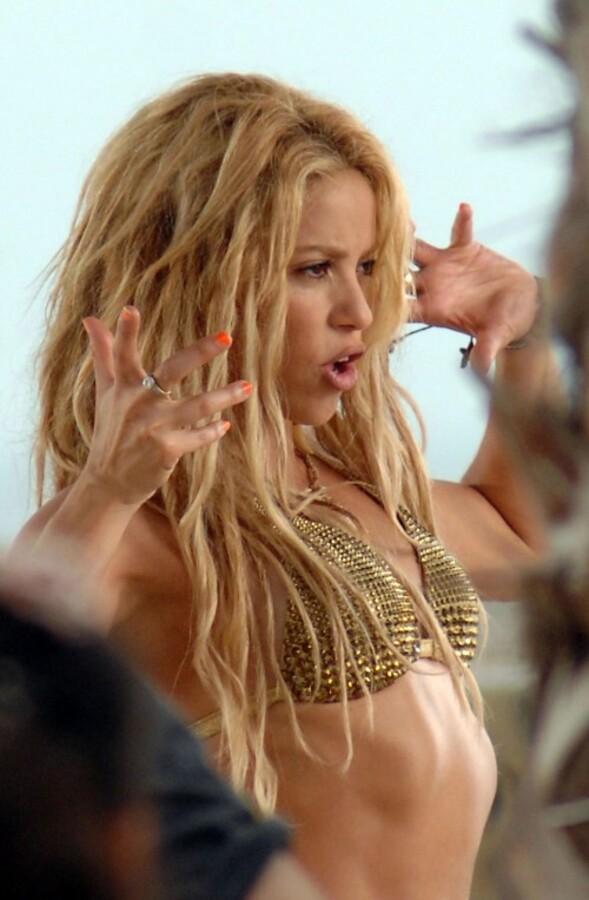 Шакира может поплатиться за свой видеоклип