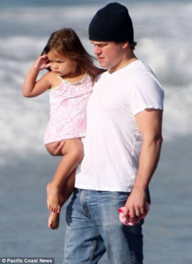 Мэтт Дэймон с дочкой Джией на юге Калифорнии