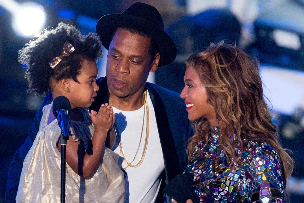Дочь Бейонсе ревнует ее к будущим двойняшкам