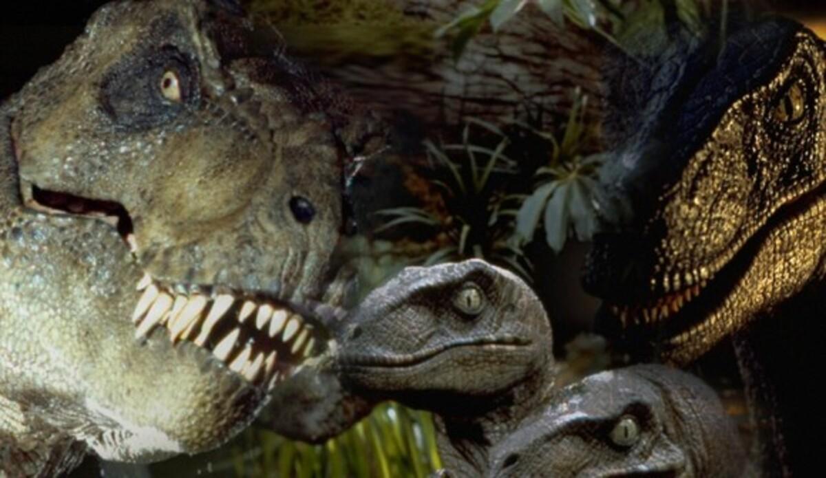 Стивен Спилберг решил вернуться к «Парку Юрского периода»