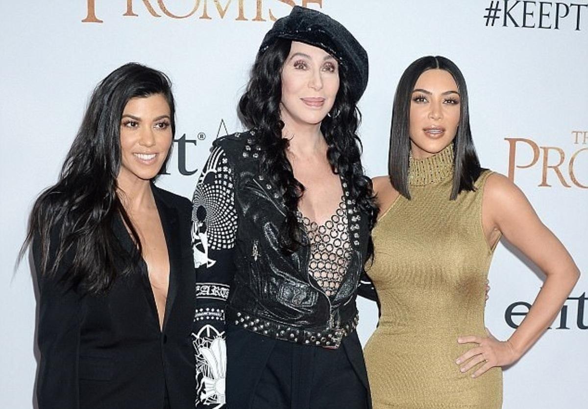 Ким Кардашьян, Нина Добрев, Орландо Блум и другие звезды на премьере фильма «Обещание»