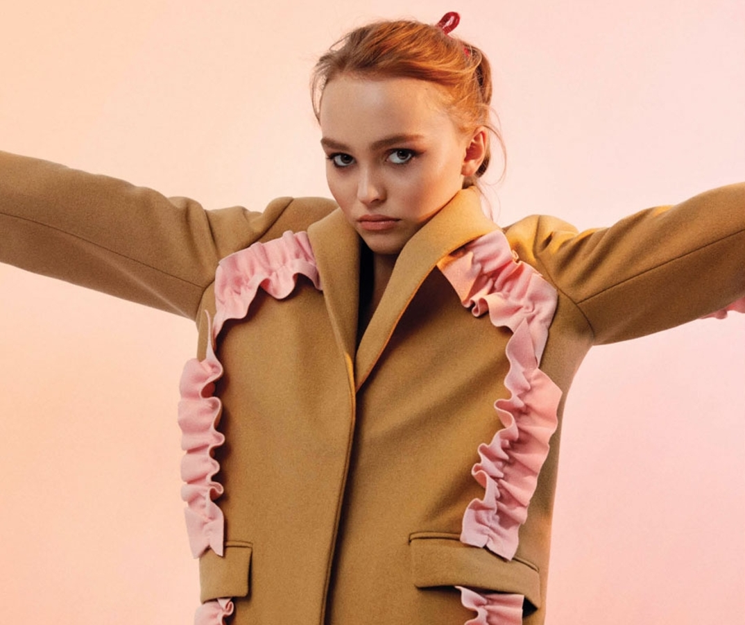Лили-Роуз Депп рассказала о своей актерской карьере в журнале V Magazine