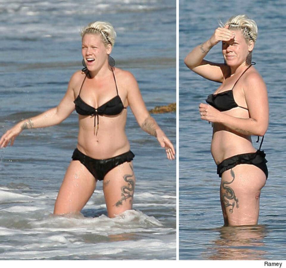 Беременная Пинк на пляже