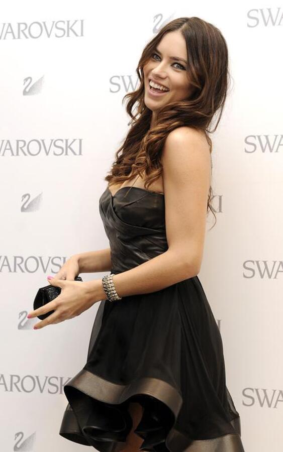 Адриана Лима на открытие нового магазина Swarovski