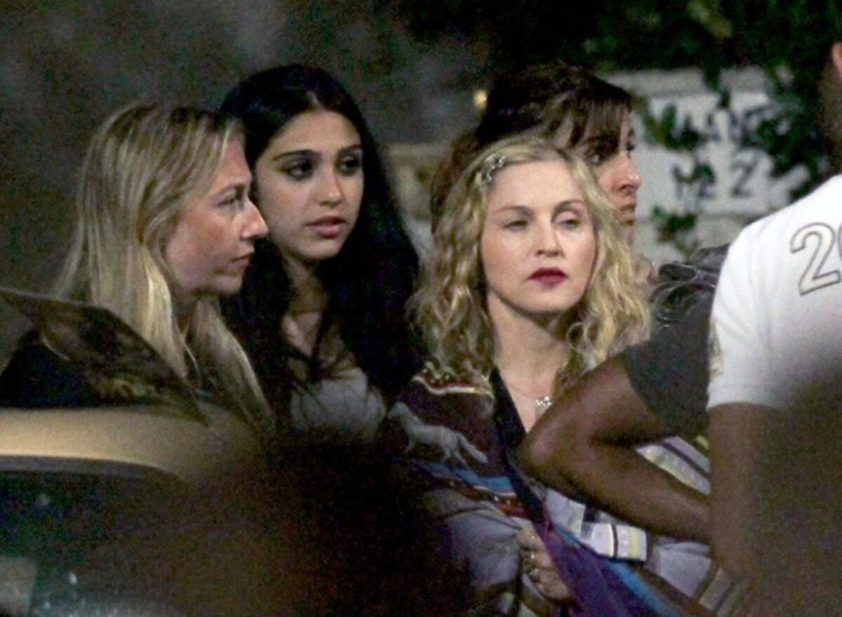 Мадонна с дочерью и бойфрендом в Канне