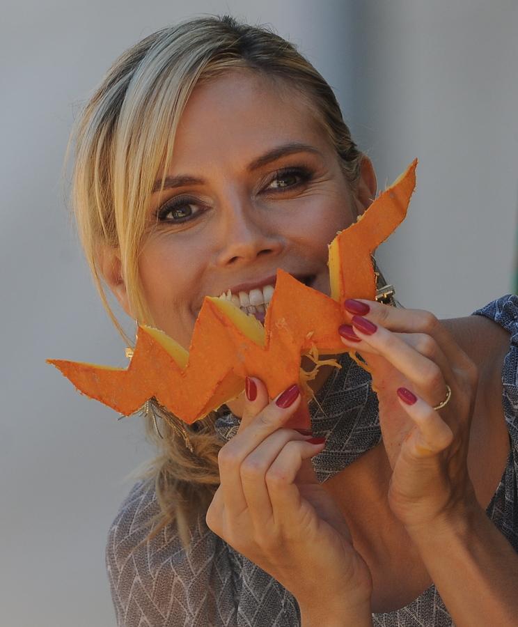 Хайди Клум на тыквенном базаре Pumpkin Patch