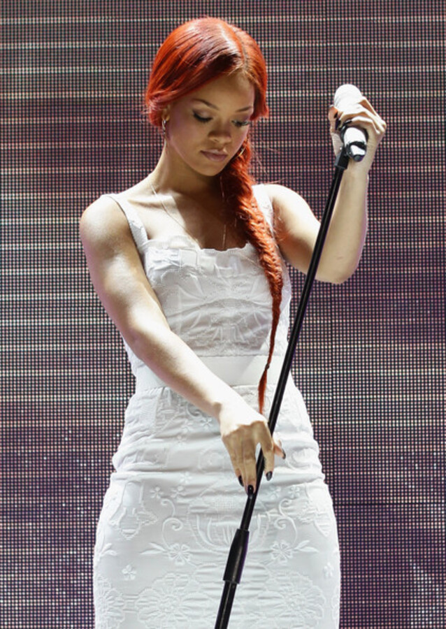 Рианна выступила на годовщине Nivea
