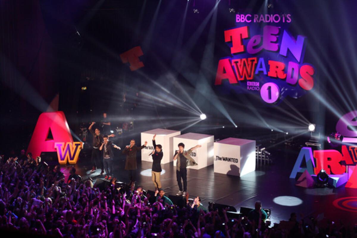 Кэти Перри и Тэйлор Свифт на Teen Radio Awards