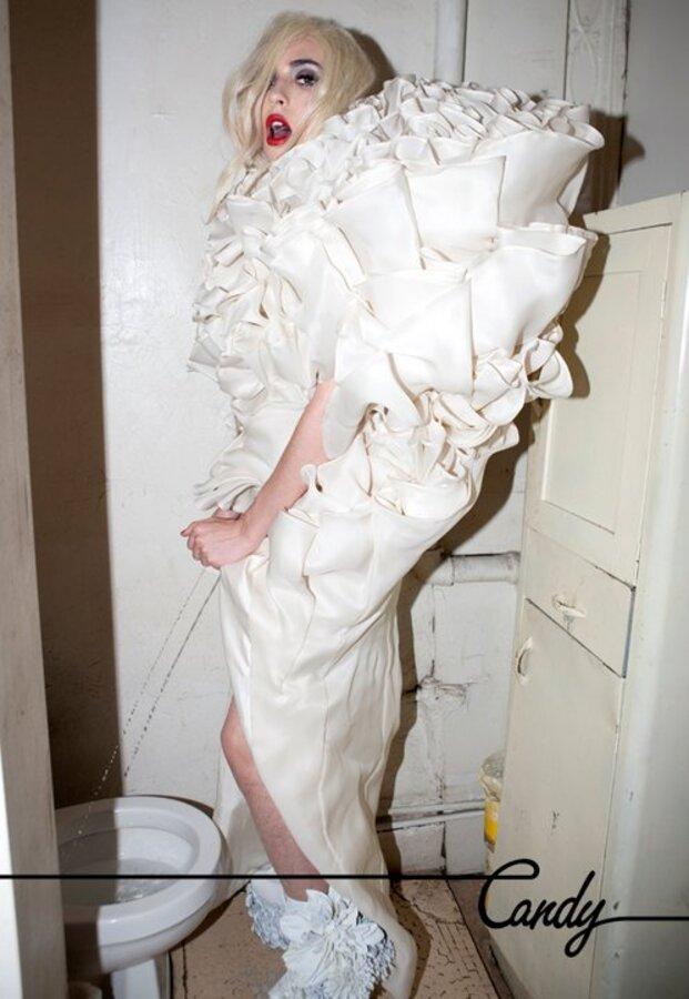 Травести-журнал отдал дань Lady GaGa