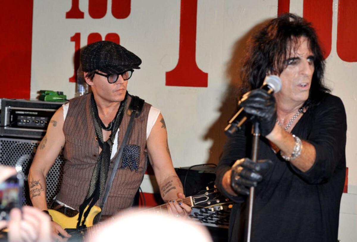 Джонни Депп выступил вместе с Элисом Купером в Лондоне
