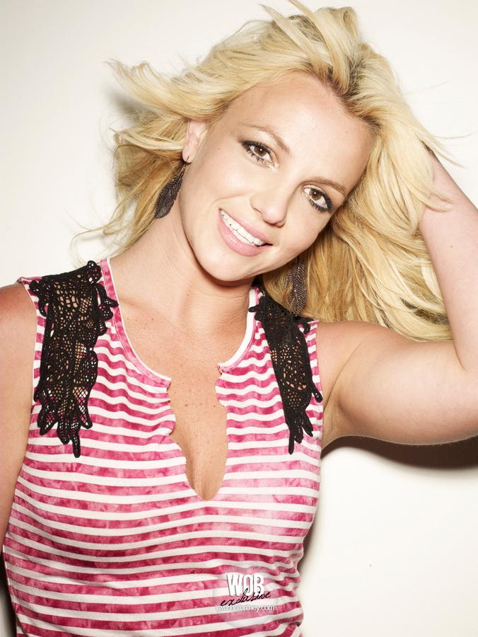 Outtakes Бритни Спирс для журнала Cosmopolitan. Август 2010