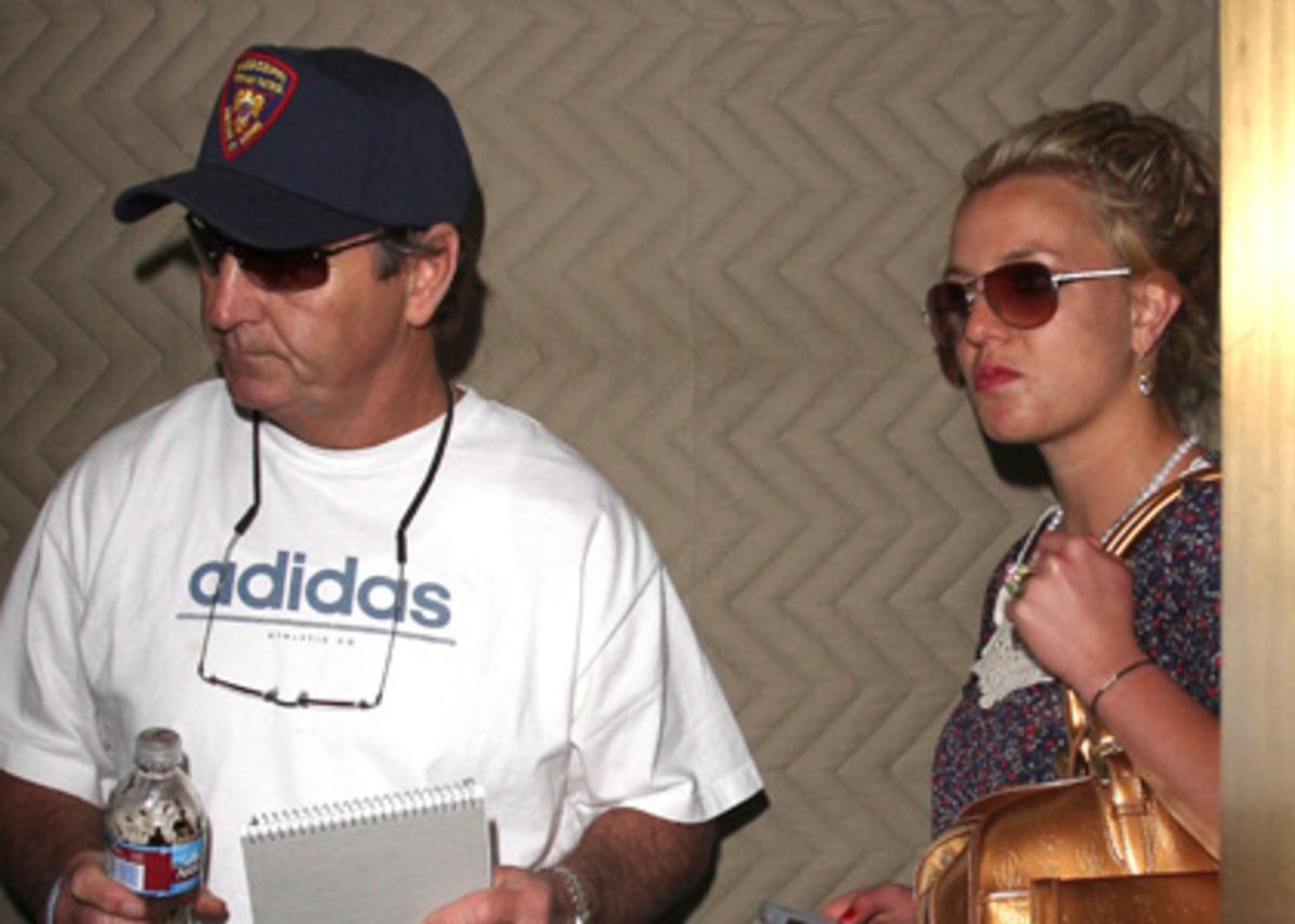 Бритни Спирс уличила своего отца и бойфренда в заговоре