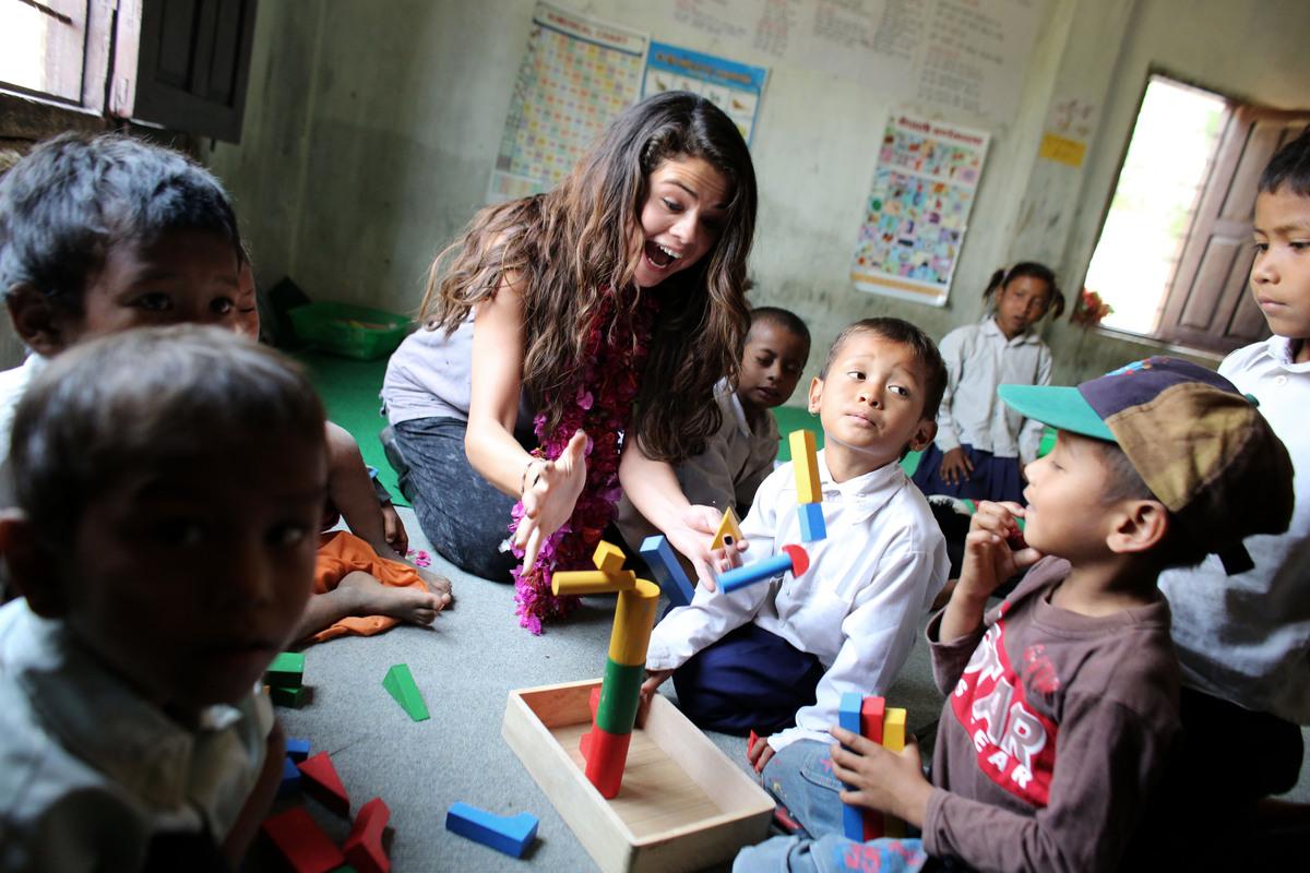 Селена Гомес побывала в Непале с ЮНИСЕФ