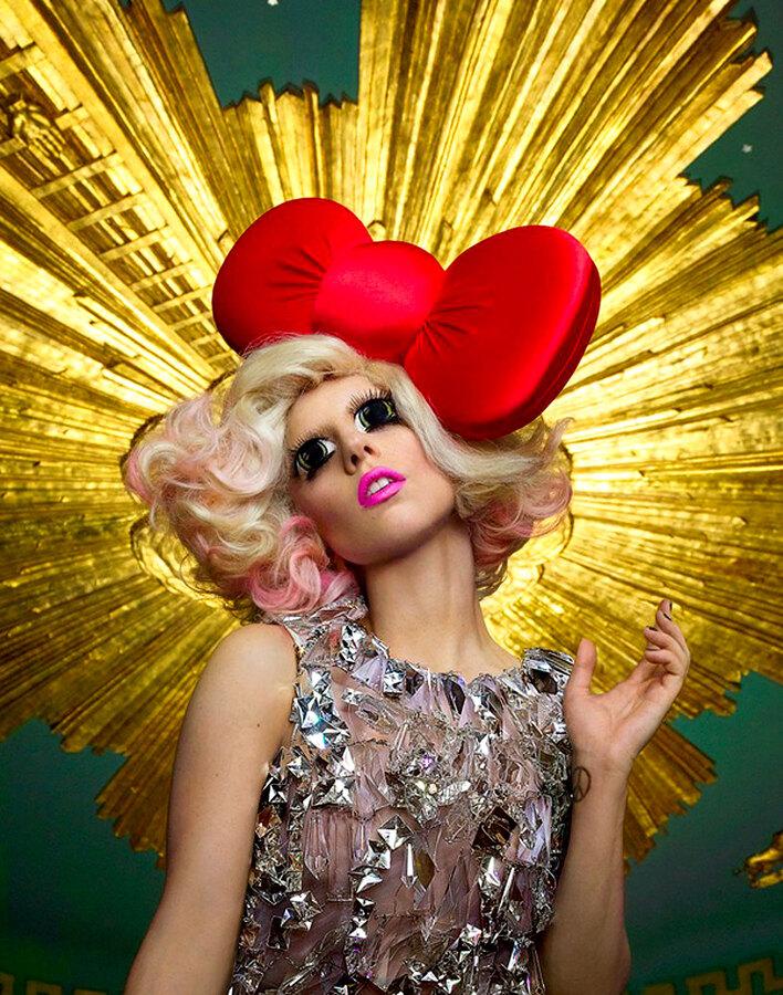 Новая  фотосессия Lady Gaga для Hello Kitty
