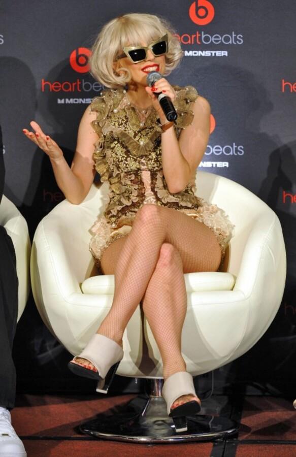 Lady Gaga поддерживает однополую любовь