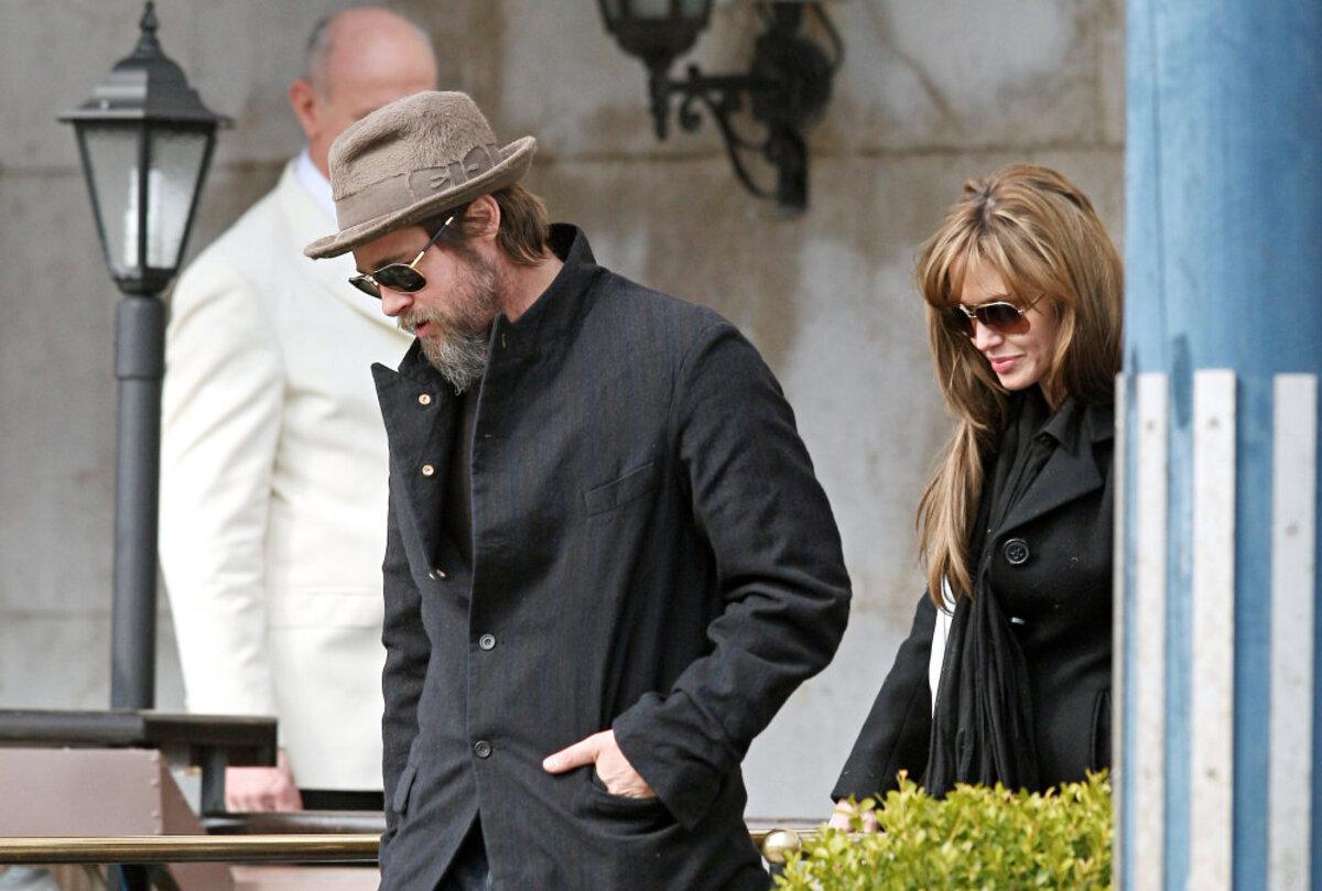 Что связывает Анджелину Джоли и Брэда Питта?
