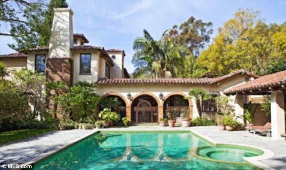 Мел Гибсон продает дом за 14,5 миллионов долларов