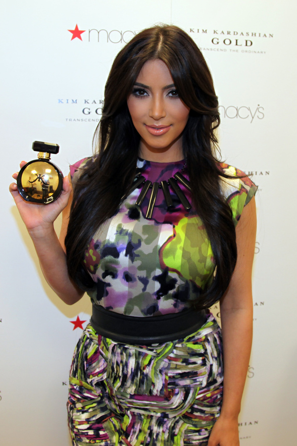 Презентация нового аромата Ким Кардашиан в Майами