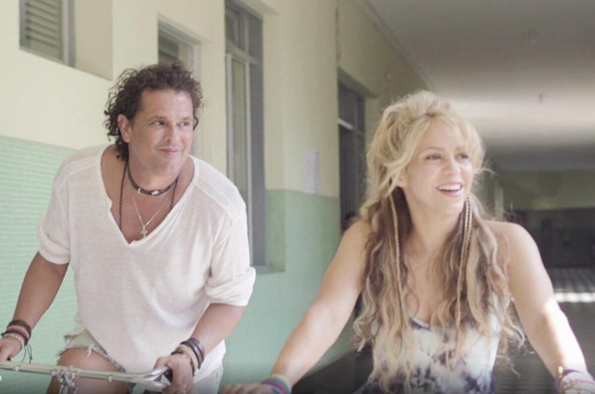 Шакира представила новый клип на песню La Bicicleta