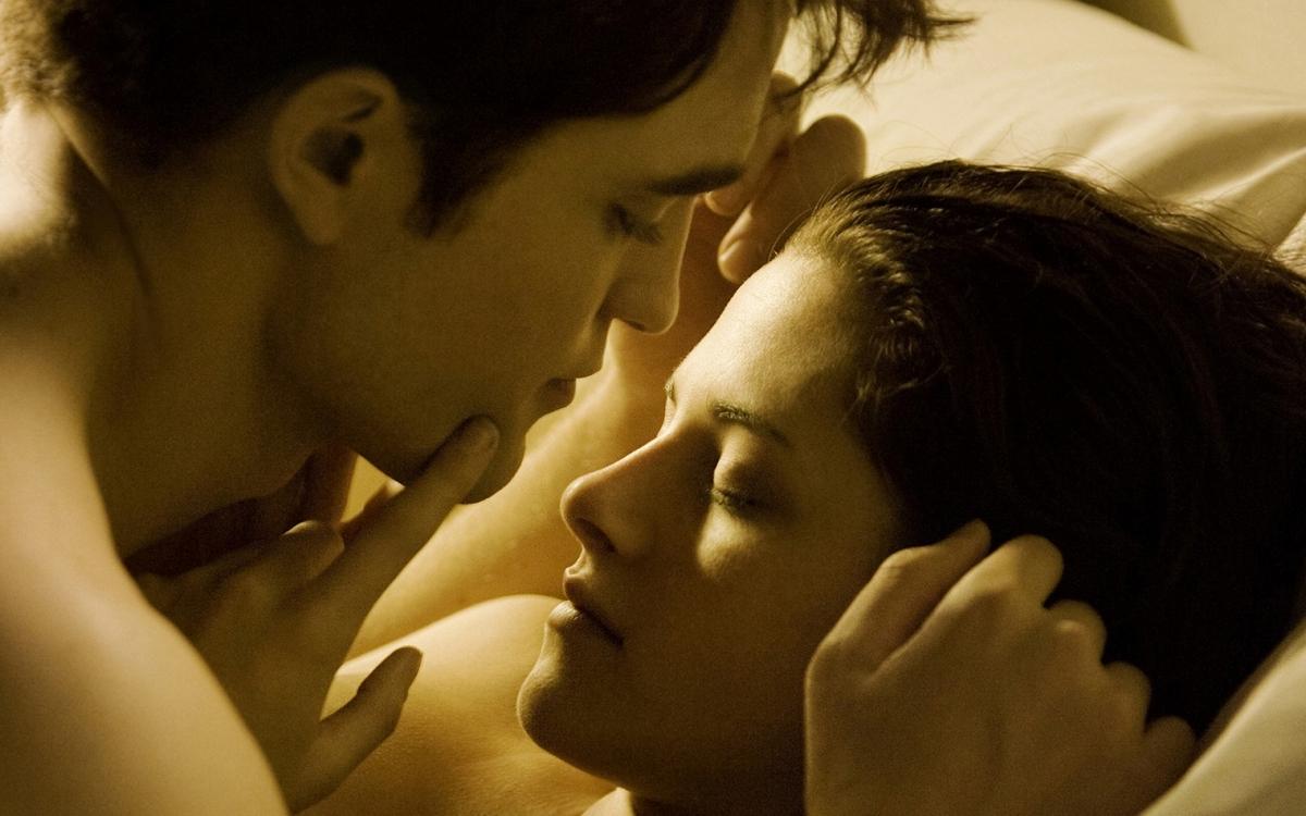 От «Титаника» до «Сумерек»: названы 10 культовых эротических сцен в кино