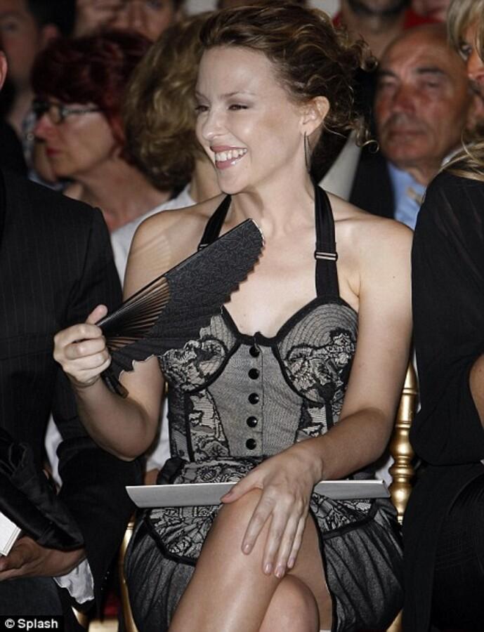 Кайли Миноуг на модном показе Жан-Поля Готье