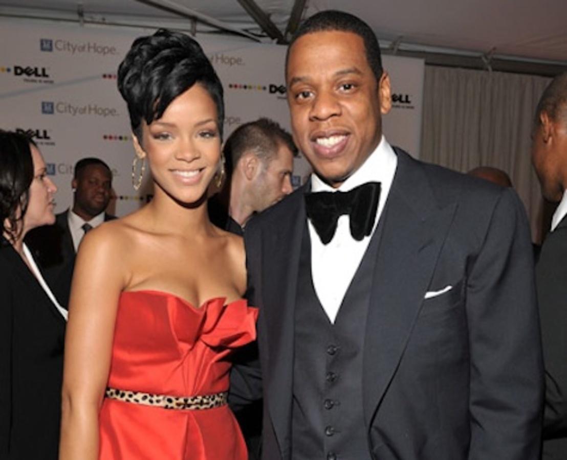 Jay-Z переживает за Рианну