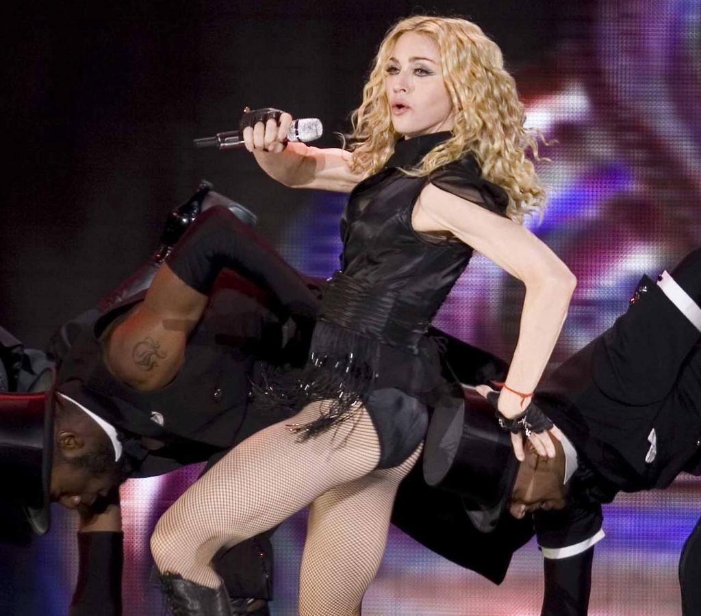 Мадонна судится с Гаем Ричи из-за сына Рокко