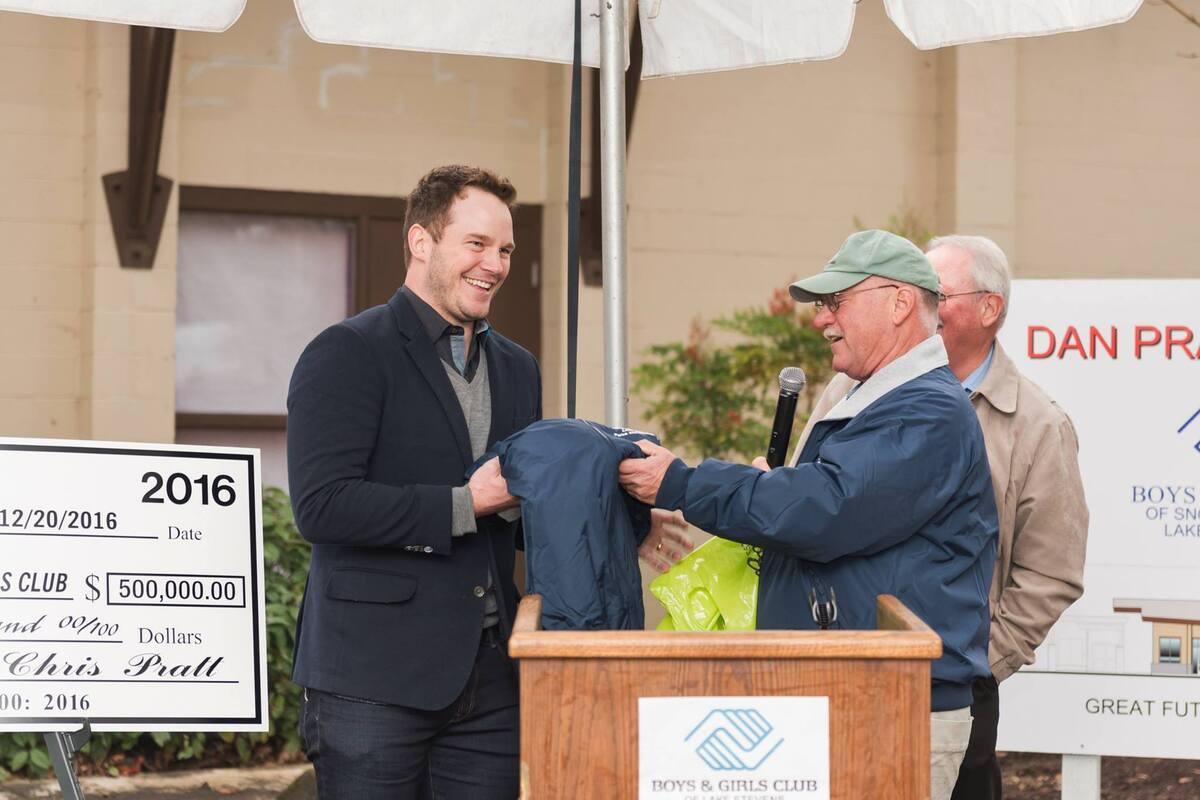 Крис Прэтт пожертвовал полмиллиона долларов юношескому центру