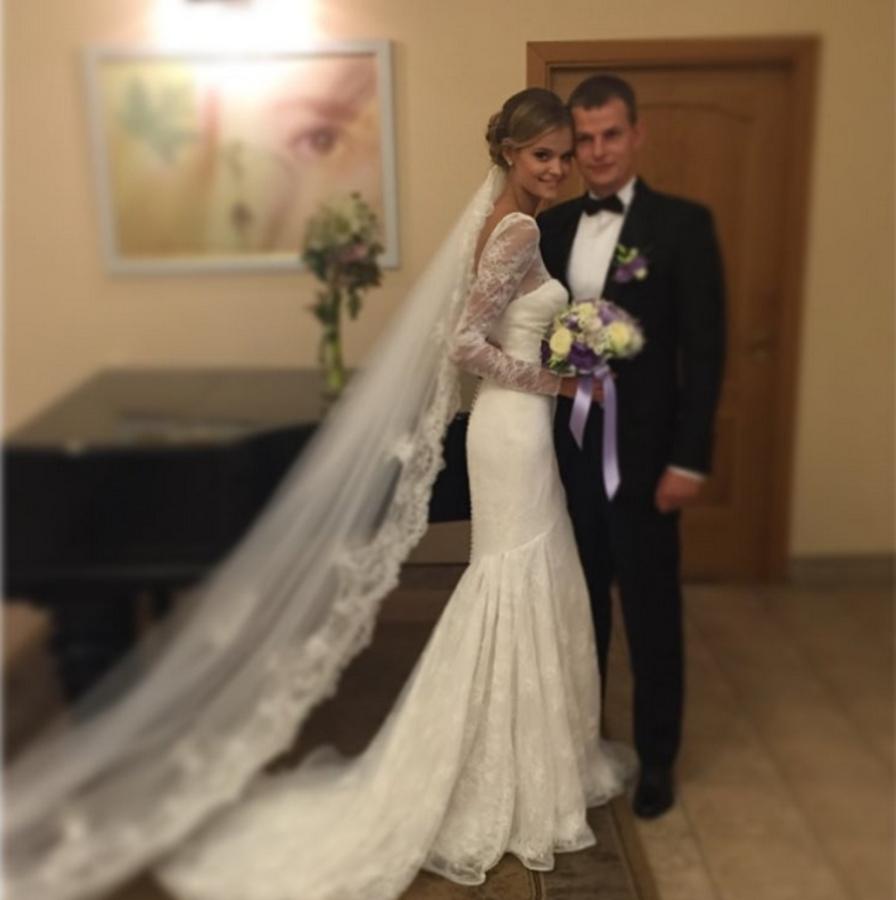 «Ангел» Victoria's Secret Катя Григорьева вышла замуж за российского военного