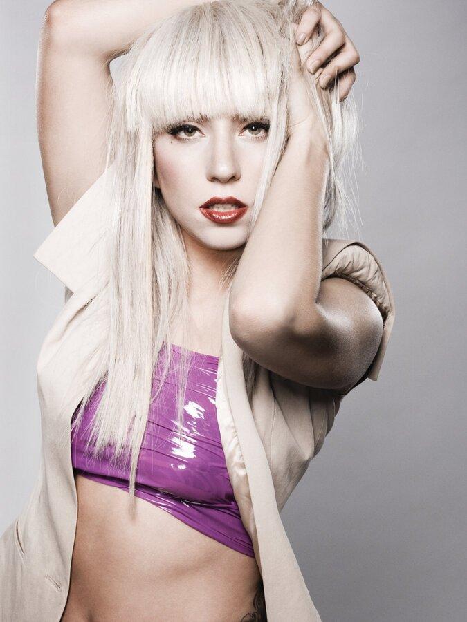 Lady GaGa удивила Эллен ДеДженерес