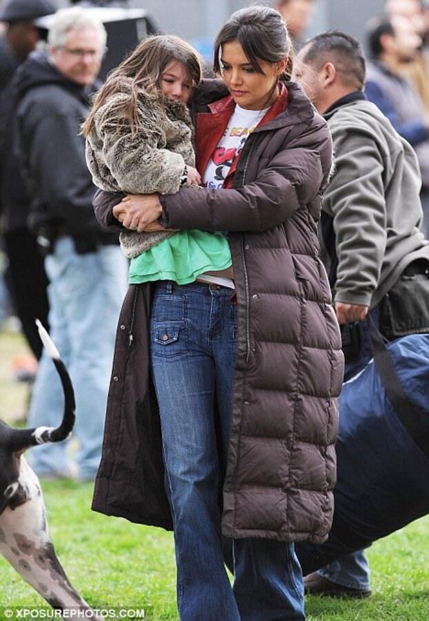 """Кэти Холмс и Сури на съемках фильма """"Джек и Джилл"""""""