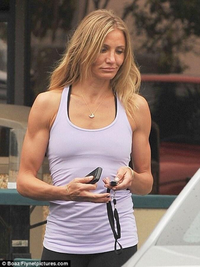 Алекс Родригес предпочитает мускулистых женщин