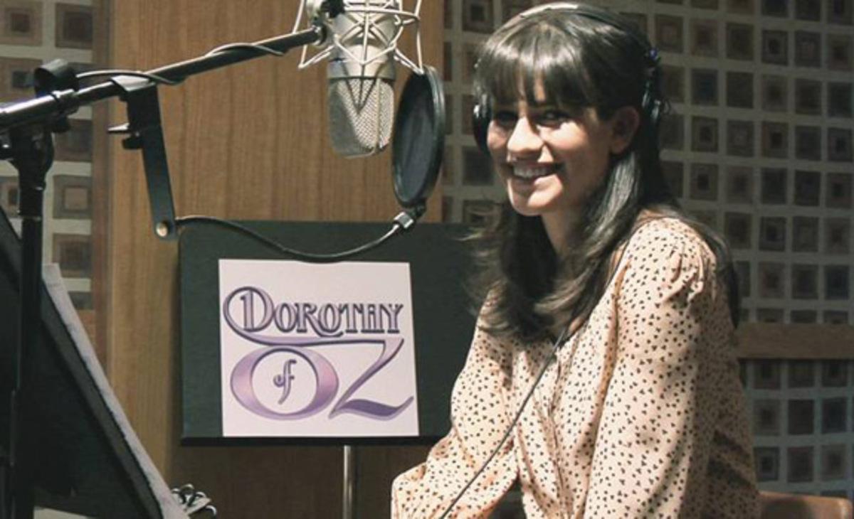Первый кадр: Лиа Мишель в роли Дороти из Страны Оз