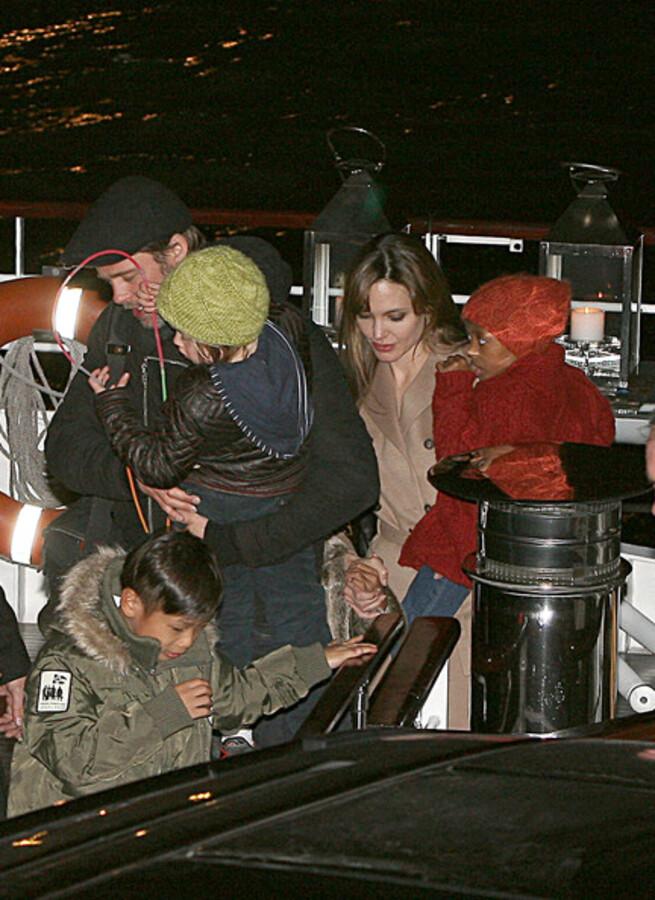 Анджелина Джоли и Брэд Питт отпраздновали день рождения Пакса