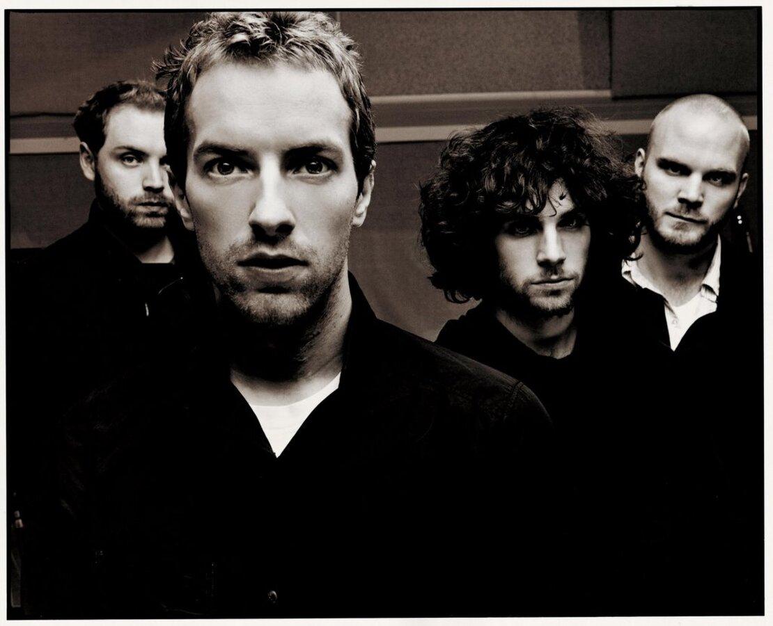 Новый клип Coldplay - Christmas Lights