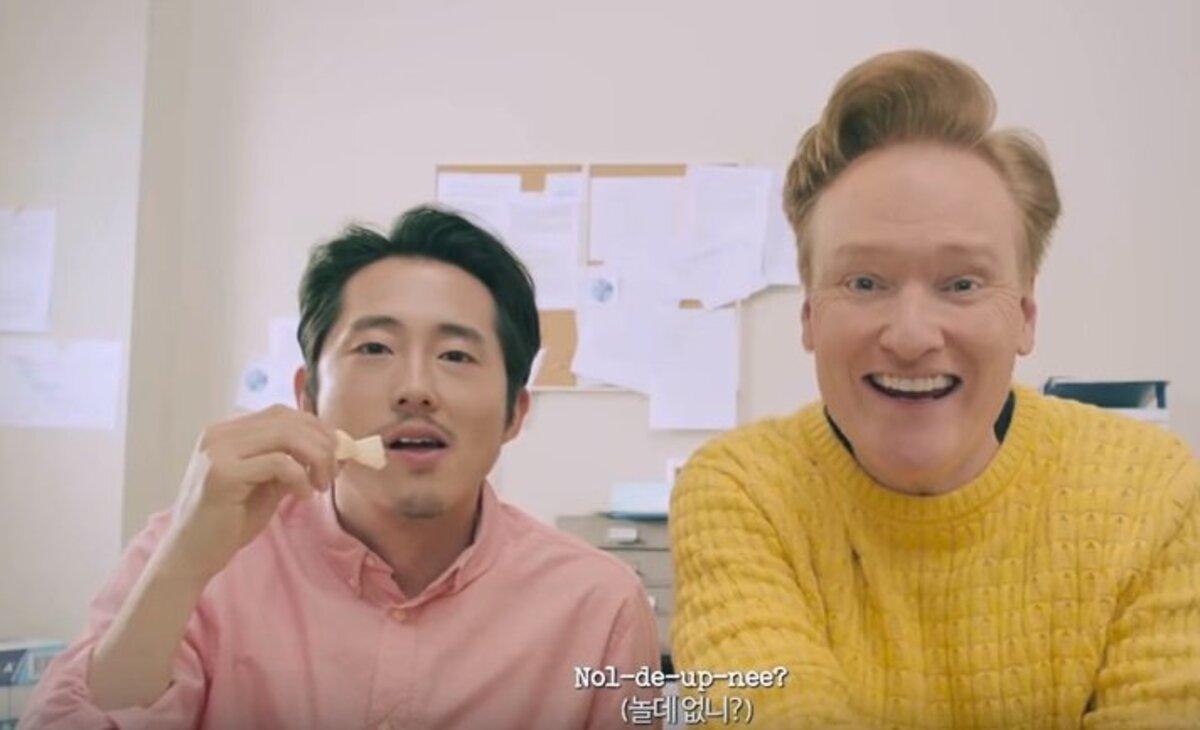 Звезда «Ходячих мертвецов» Стивен Йен снялся в клипе корейского поп-певца