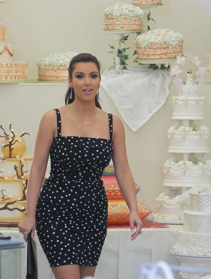 Ким Кардашиан: ответственный выбор свадебного торта