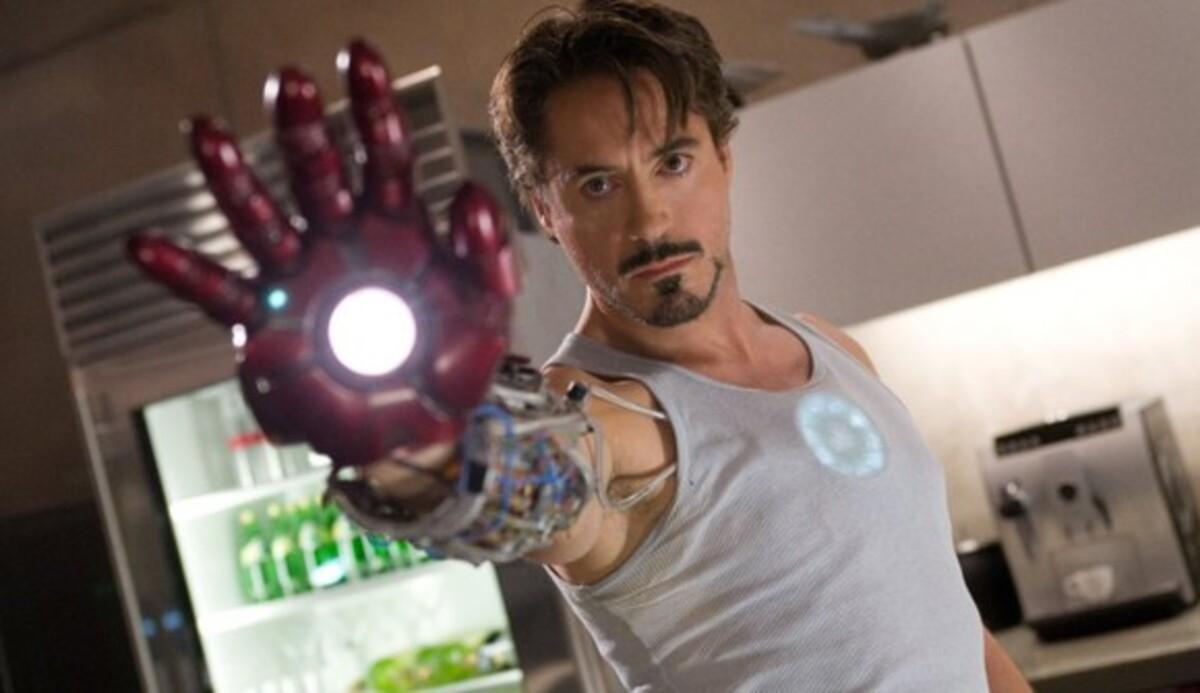 Кто напишет сценарий «Железного человека 3»?