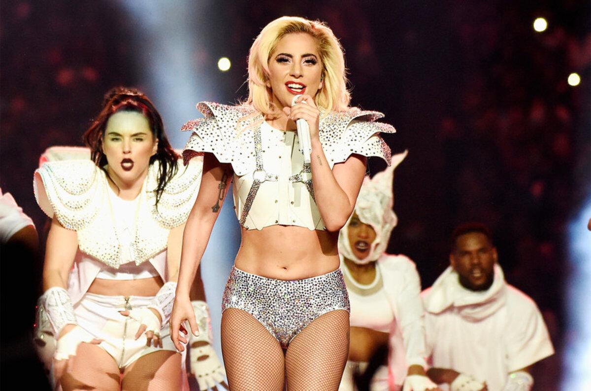 Леди Гага заменит беременную Бейонсе на фестивале Коачелла-2017