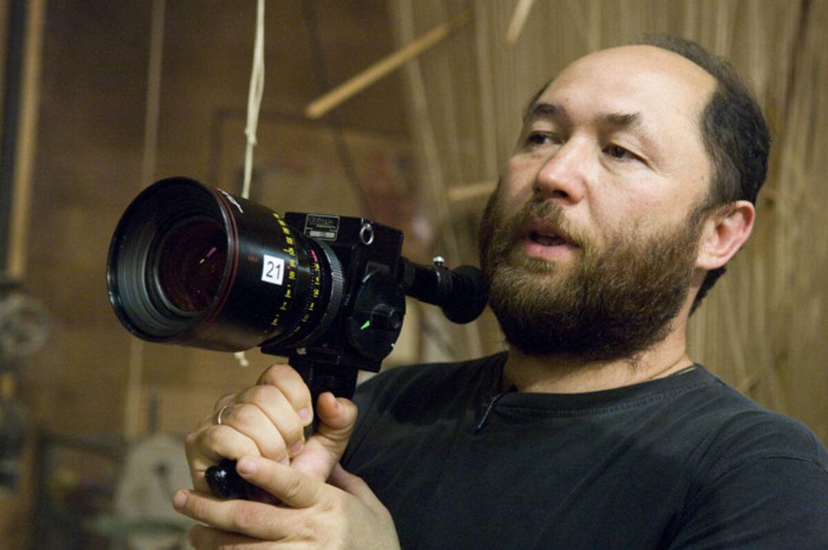 Тимур Бекмамбетов снимет американский римейк «Черной молнии»