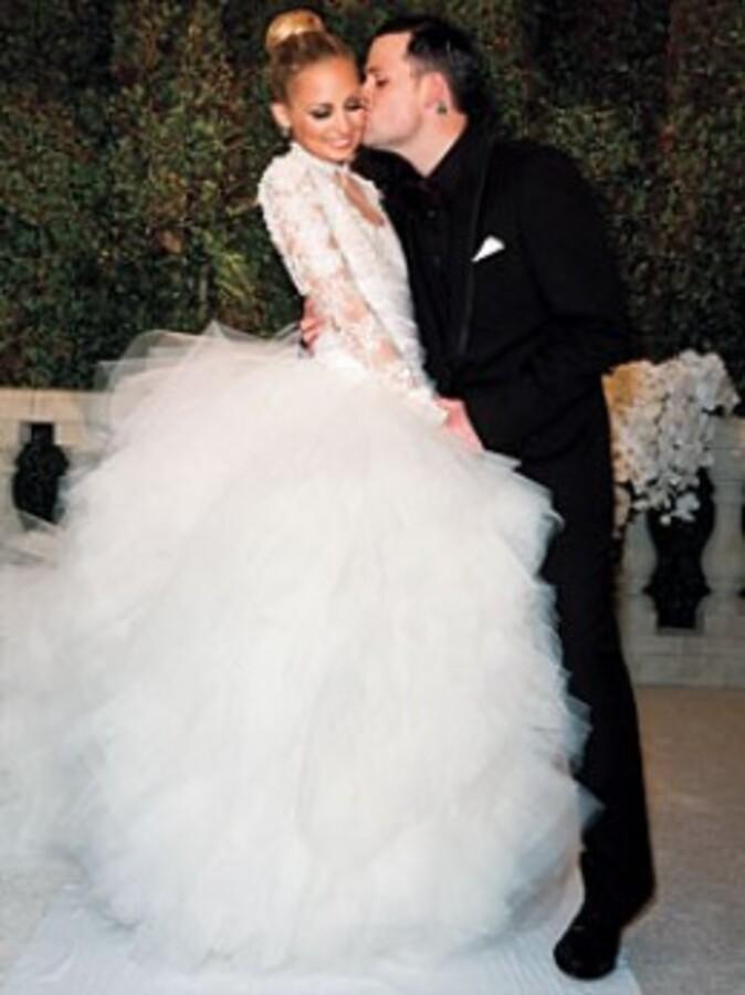 Николь Ричи вышла замуж