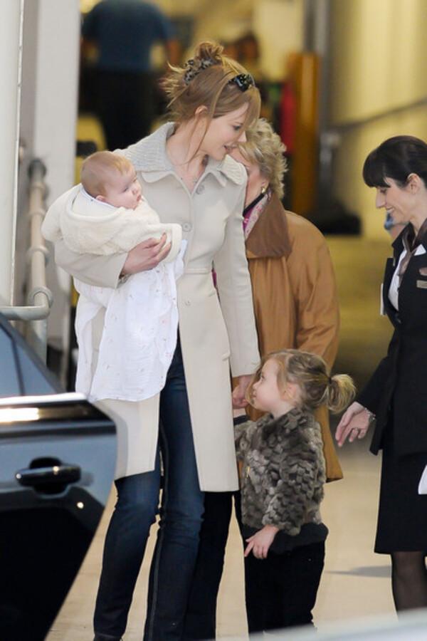 Николь Кидман с дочерьми в Сиднее