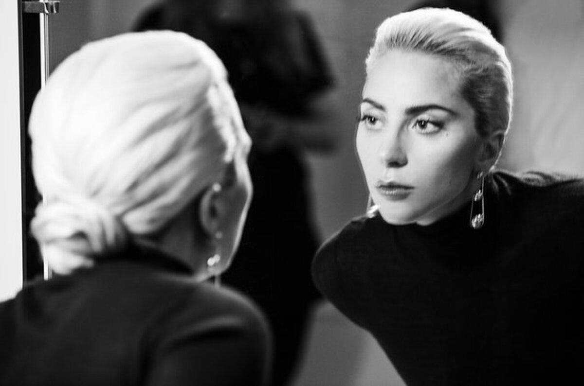 Леди Гага снялась в рекламе ювелирных украшений Tiffany