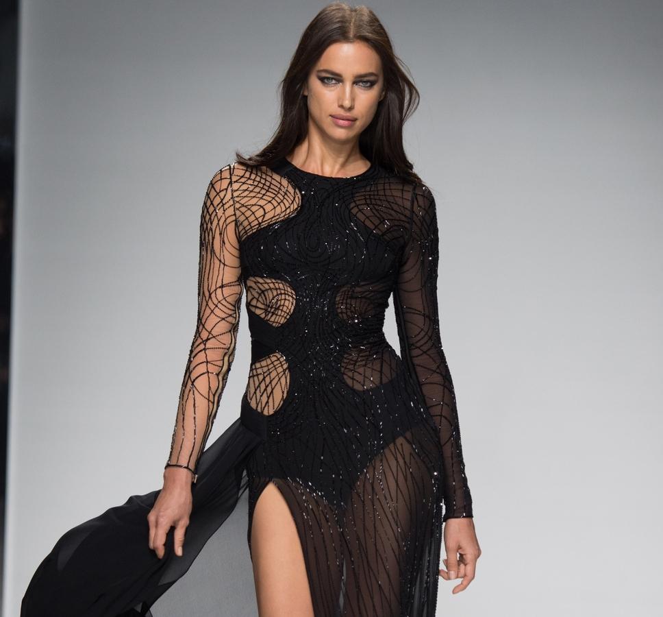 Модный показ кутюрной коллекции Atelier Versace. Весна / лето 2016