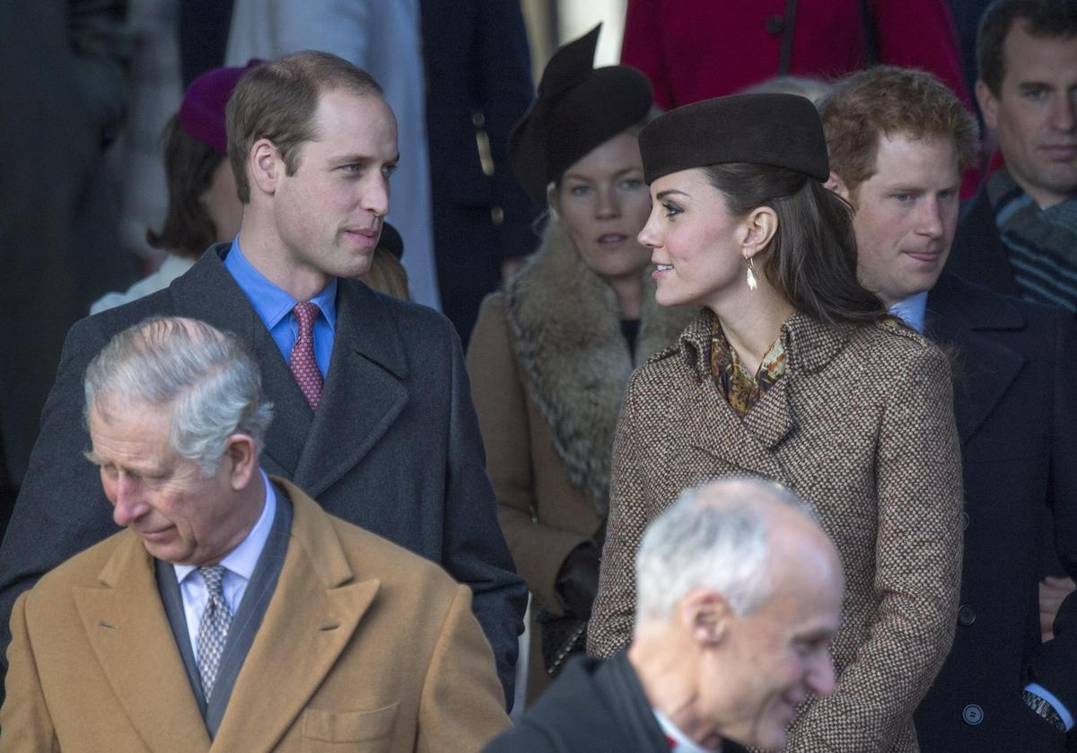 Кейт Миддлтон, принц Уильям и другие на церковной рождественской службе