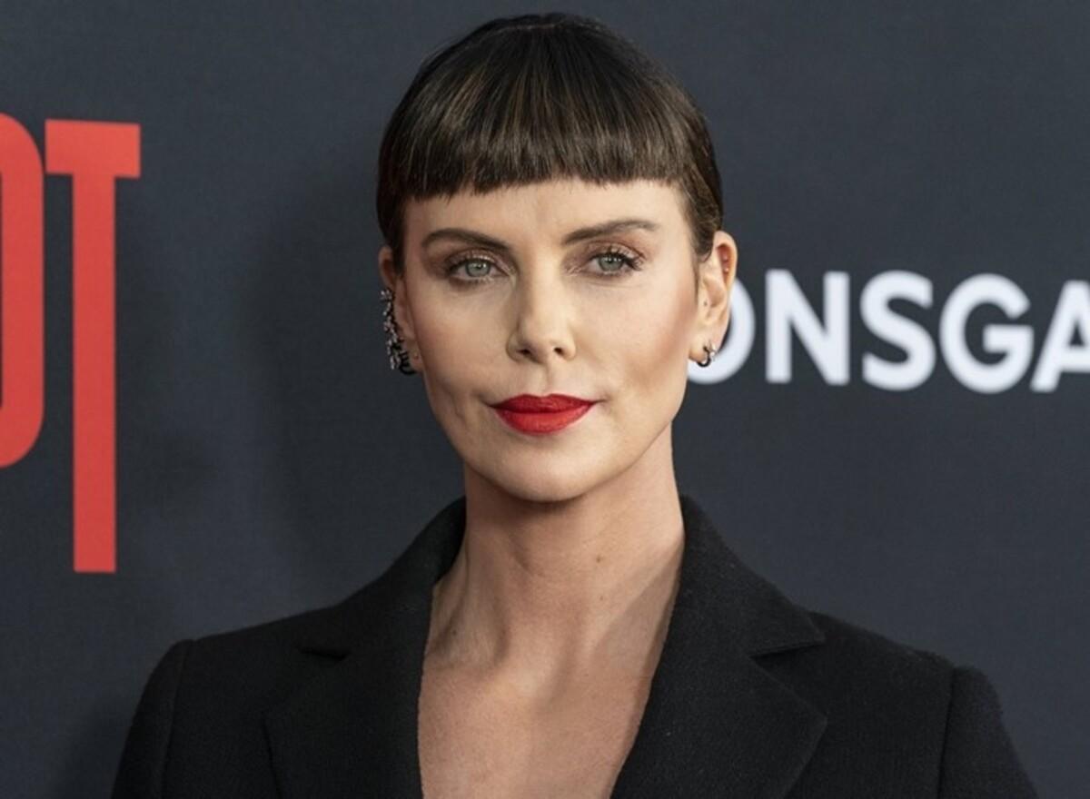 «Это была пощечина от Голливуда»: Шарлиз Терон предлагали роль матери Чудо-женщины