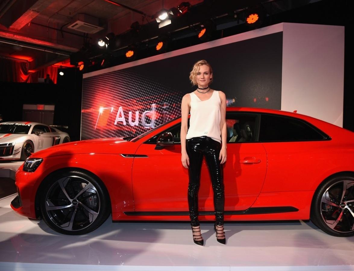 Диана Крюгер, Финн Уиттрок и Рами Малек на презентации нового спорткара Audi