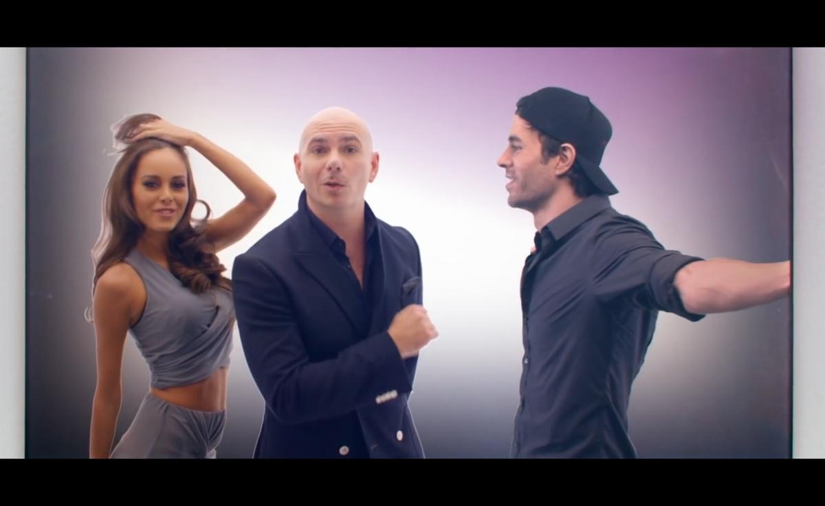 Pitbull и Энрике Иглесиас представили новый клип Messin Around